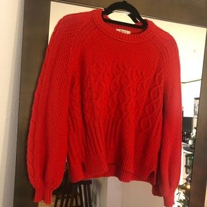 Red made well knit sweater puff sleeve!
